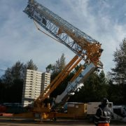 Potain HUP 40-30 being erected